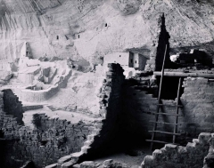 Long House, Mesa Verde National Park 1987 by Ray McSavaney, © Ray McSavaney Archive